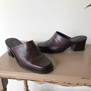 Vintage Brown Leather Chunky Mules by Bandolino